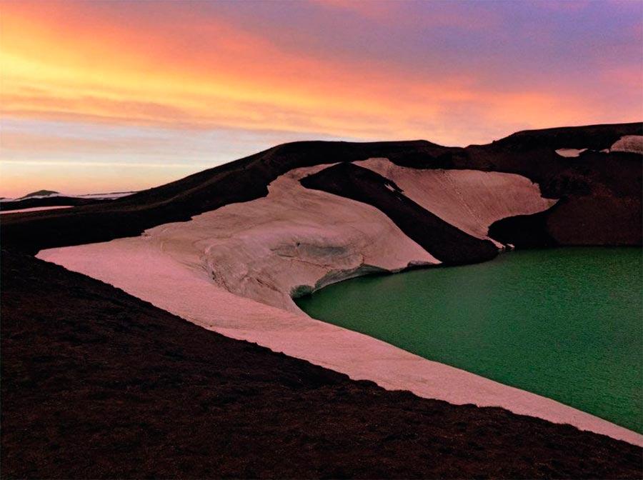 Iceland Исландия озеро Миватн