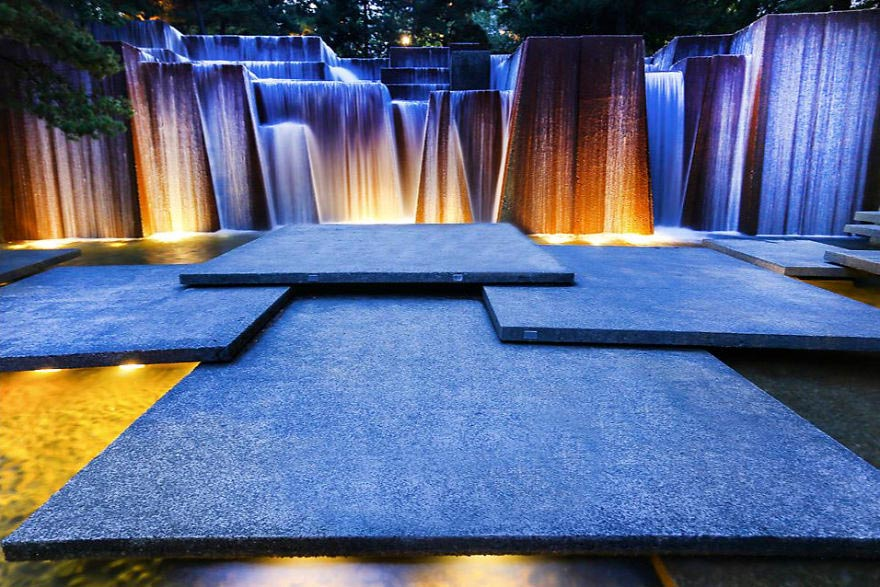 фонтаны мира Keller Fountain Портленд Орегон США Oregon USA