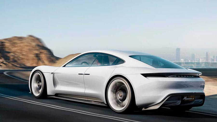 Ответ Tesla от Porsche Mission E