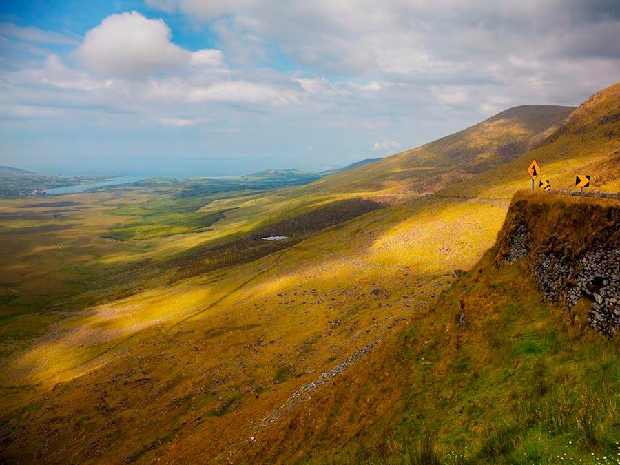 Красивейшие автотрассы мира Conor Pass, Ирландия