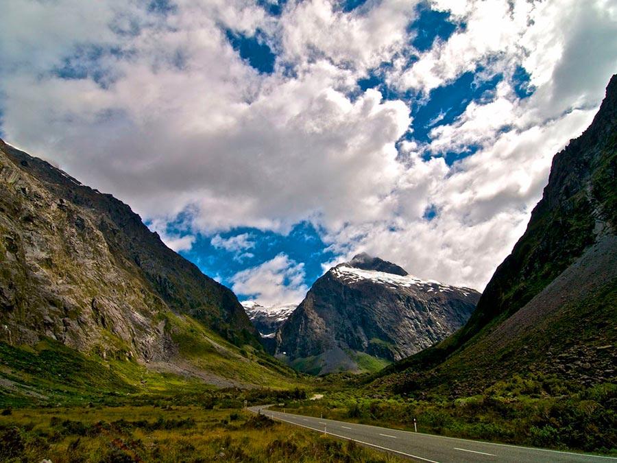 Красивейшие автотрассы мира The Milford Road, Новая Зеландия