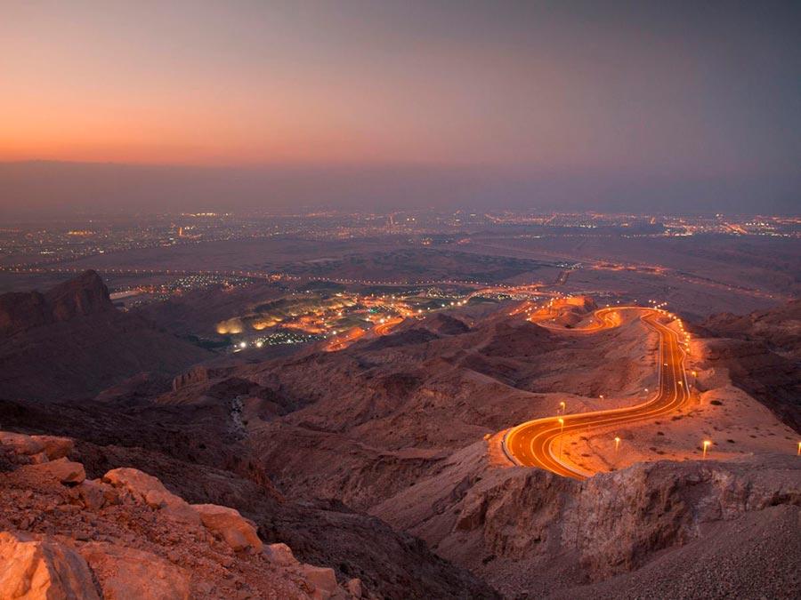 Красивейшие автотрассы мира The Jebel Hafeet Mountain Road, Абу-Даби