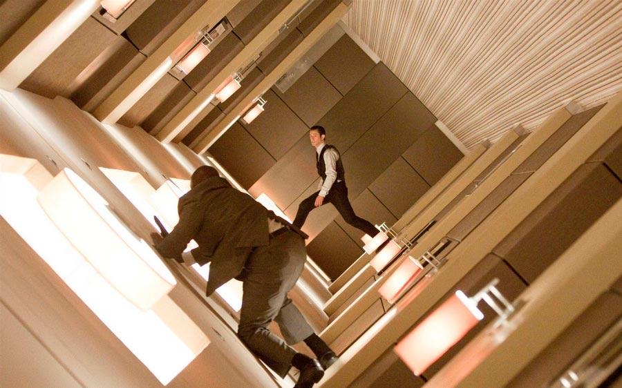 Научно-фантастические фильмы 21 века, которые стоит посмотреть Начало Inception