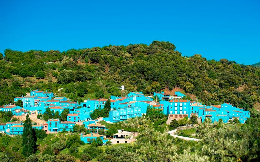 цветные города планеты Хускар Испания