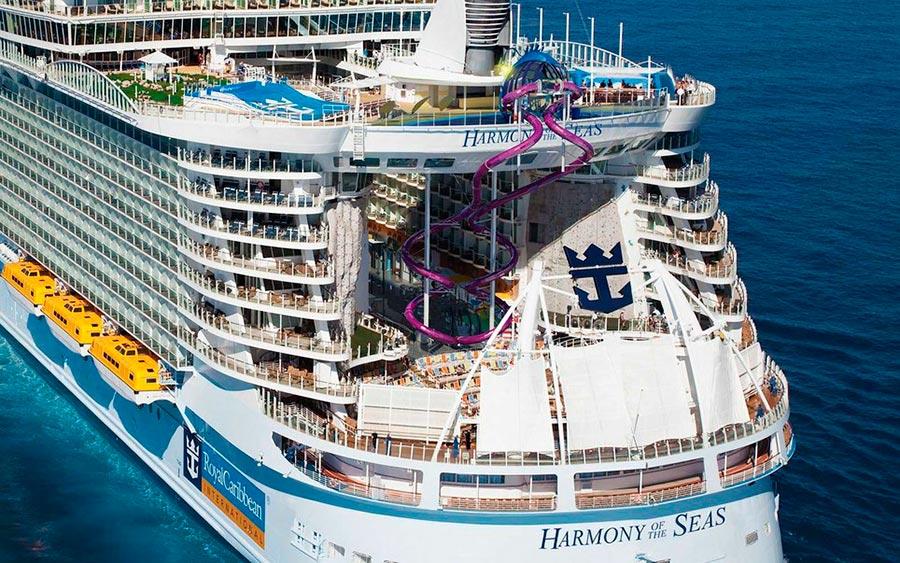 Самые высокие места планеты водная горка на круизном корабле Harmony of the Seas Royal Caribbean
