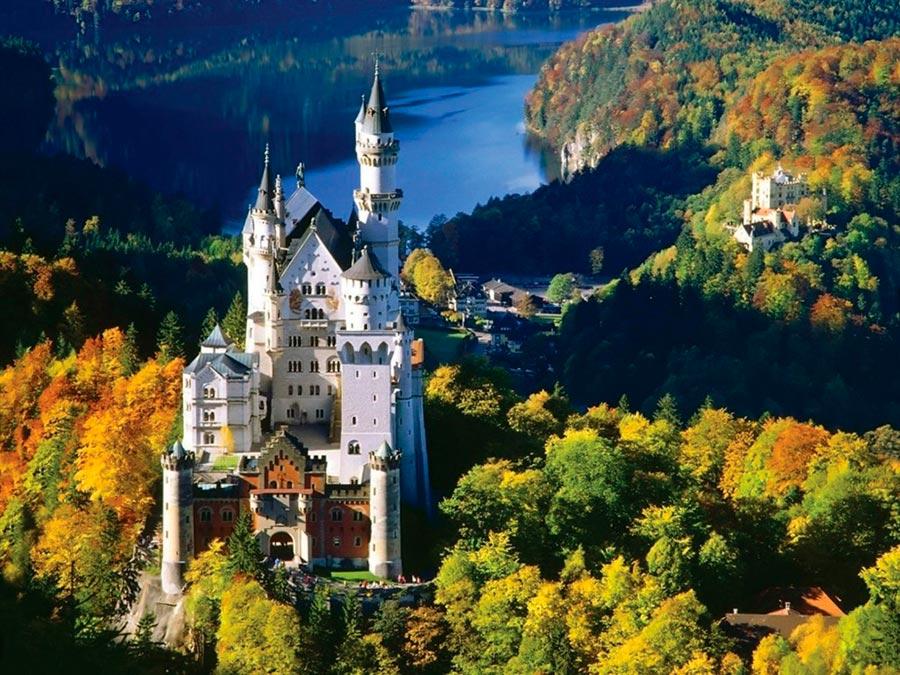 Где осень выглядит великолепно Бавария