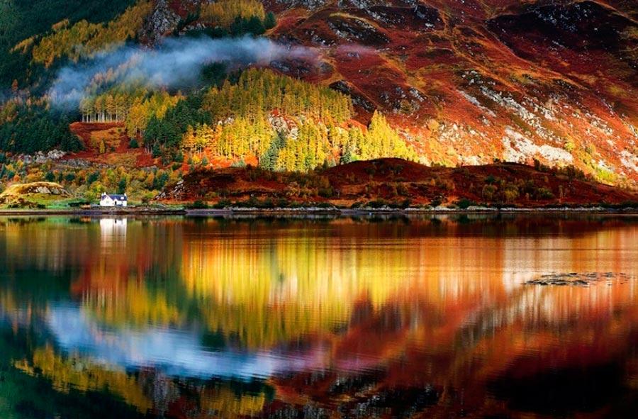 Где осень выглядит великолепно Шотландия