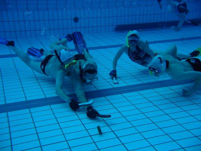популярные виды спорта на воде Подводный хоккей