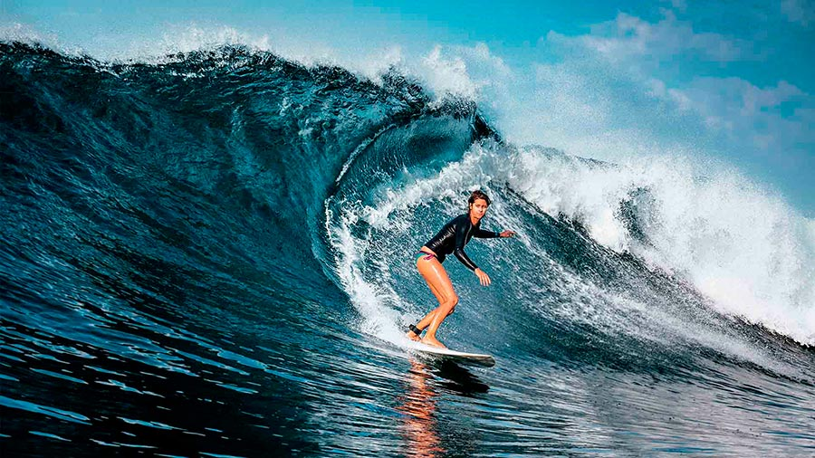 популярные виды спорта на воде Серфинг