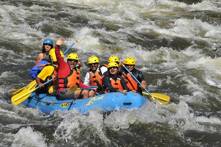 популярные виды спорта на воде Рафтинг