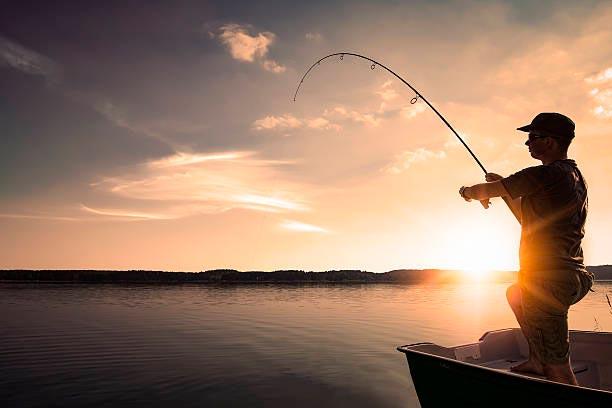 популярные виды спорта на воде Рыбалка