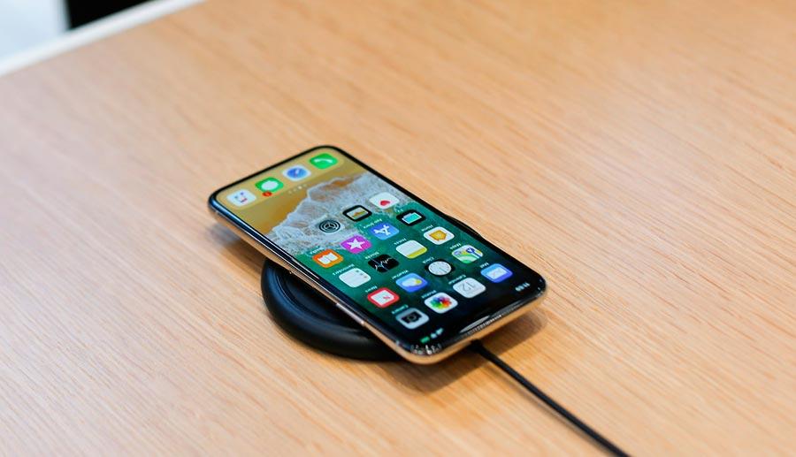 Apple предзаказы на iPhone X в России