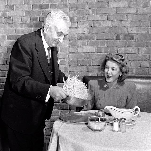 пособие для леди как употреблять спагетти