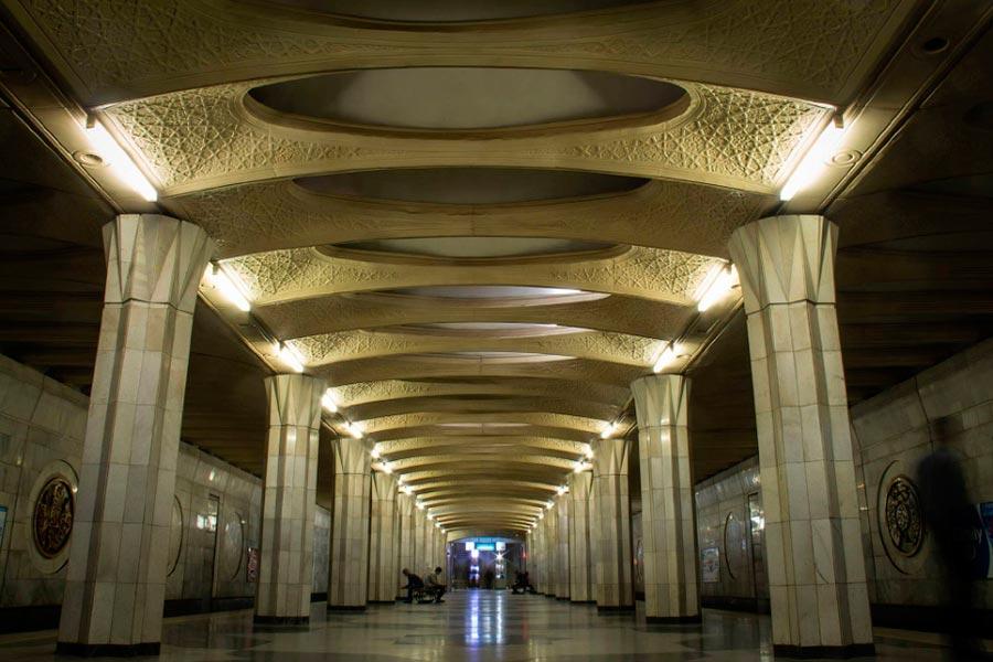 станции метро Ташкента Бунёдкор