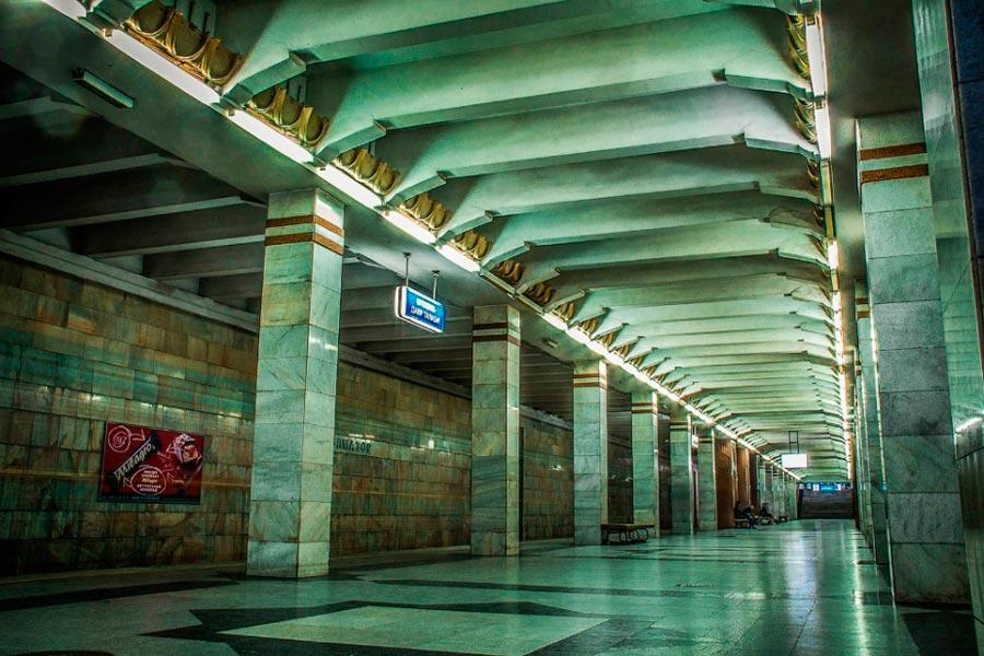 Метро Ташкента Станция Олмазор бывшая им. Собира Рахимова