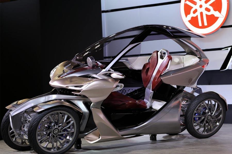 Japan Tokyo motor show Япония Токийский автосалон Yamaha MWC-4 Leaning Multi-Wheel
