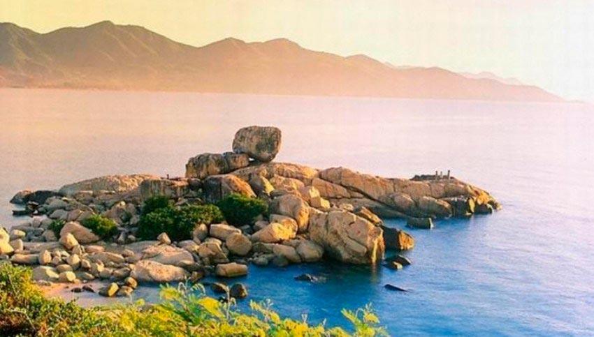 Vietnam Вьетнам пляжи Пляж Хон Чонг Нячанг