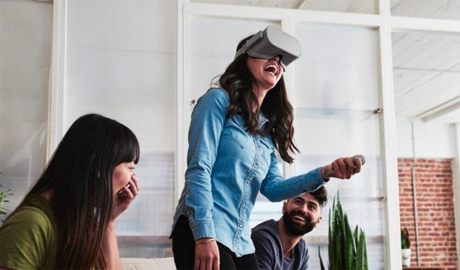 Facebook автономная VR-гарнитура Oculus Go