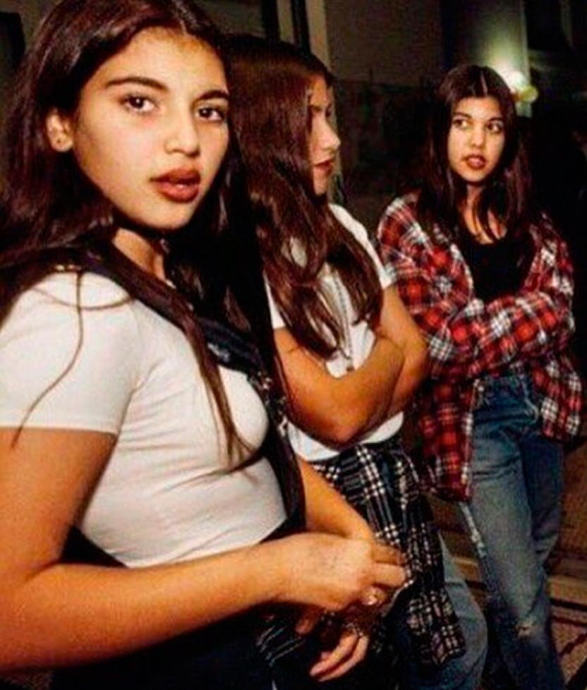 знаменитости в юном возрасте celebrities young age Ким Кортни Кардашян Kim Kourtney Mary Kardashian