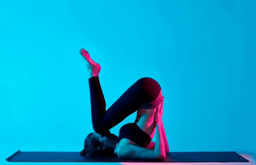 exercises pain back упражнения при болях в спине Перекаты на спине