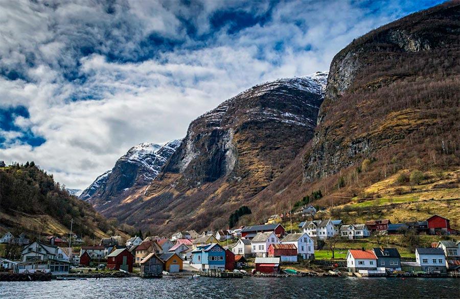 пейзажи Норвегия landscapes Norway Деревня во фьордах