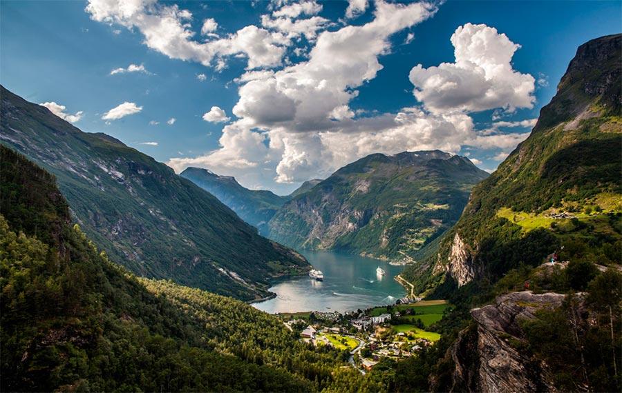 пейзажи Норвегия landscapes Norway деревня Гейрангер