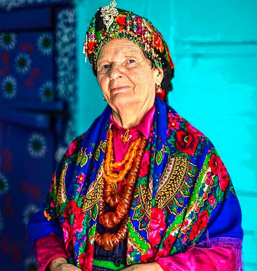 Народы культура традиции аутентичность Семмейская женщина Сибирь Россия Siberia Russia