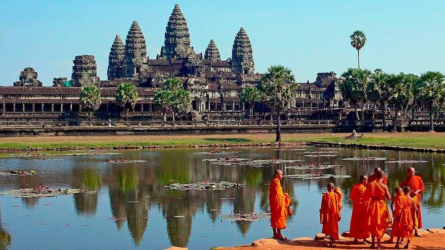 места на Земле Гигантский храмовый комплекс Ангкор-Ват Камбоджа Cambodia