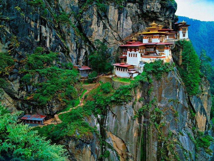 места на Земле Храм Паро-лакханг Бутан Butan