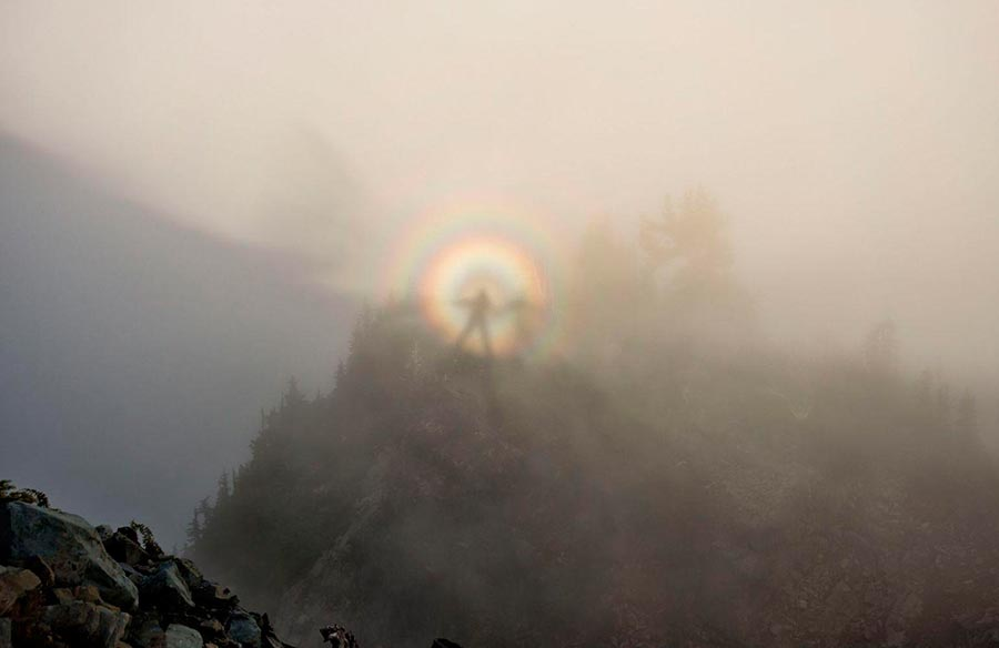 Чудеса природы wonders of nature Брокенский призрак