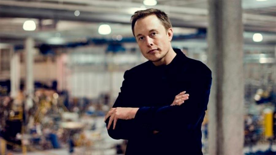 Илон Маск Tesla разрабатывает ИИ-процессоры