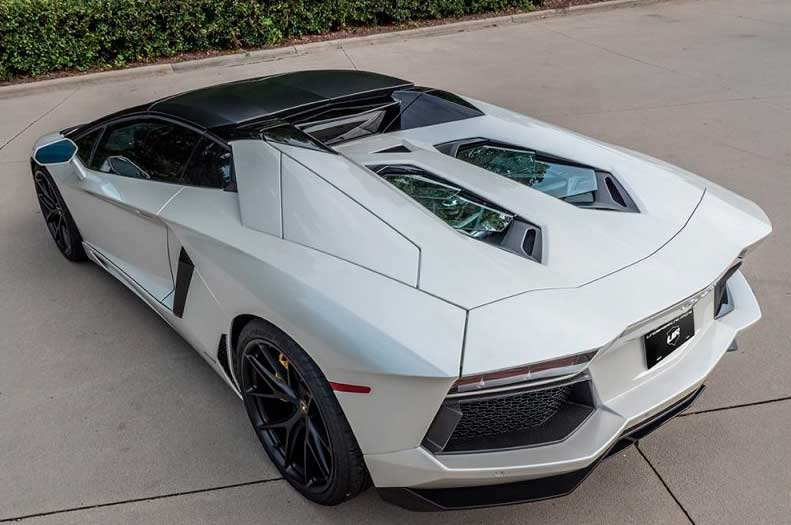 Lamborghini Aventador SV Roadster от Underground Racing