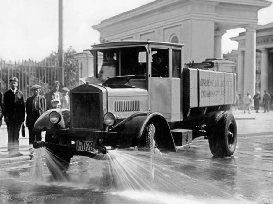 советские грузовики АМО-Ф-15