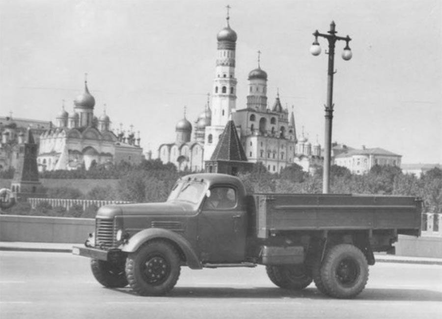 советские грузовики ЗиС-150