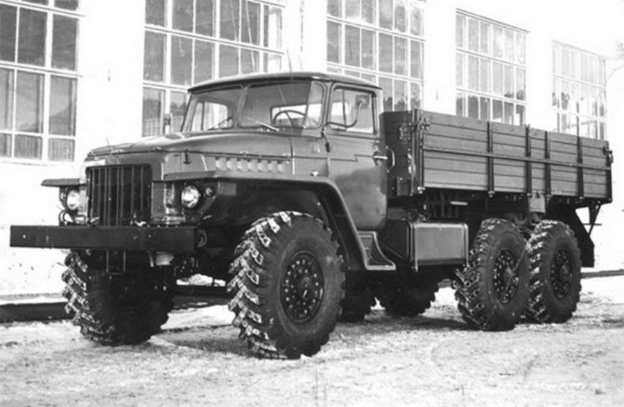 советские грузовики Урал-375