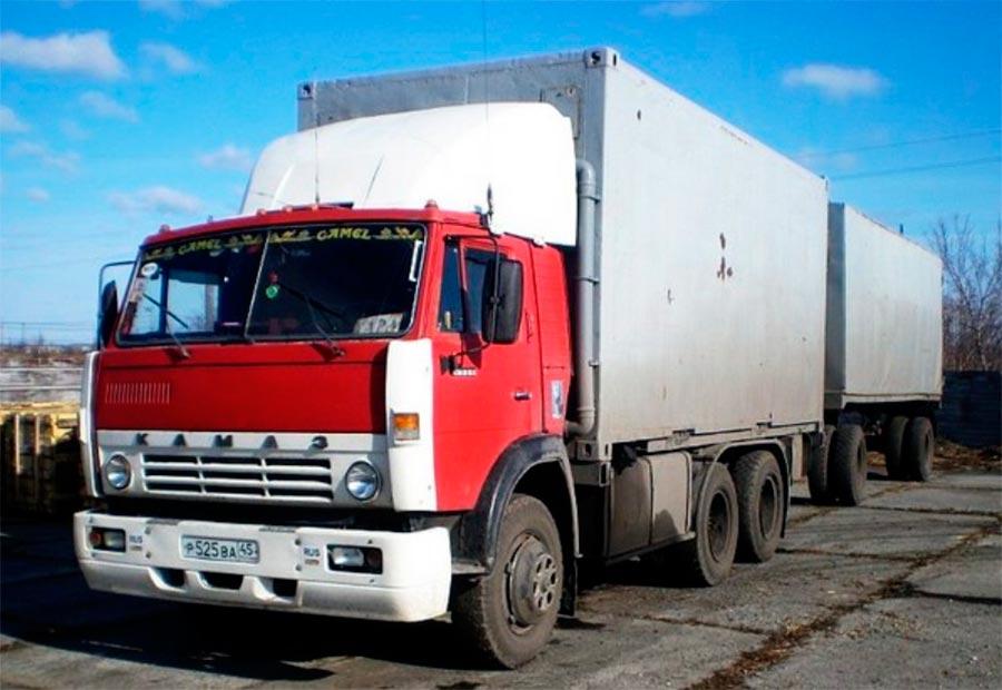 советские грузовики КамАЗ