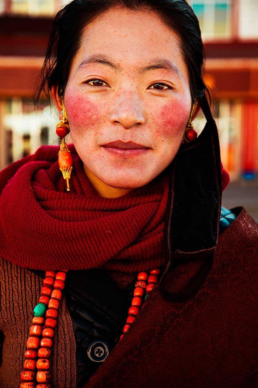 Михаэла Норок Mihaela Noroc фото женщин photos of women Тибетское нагорье Китай Tibetan plateau China