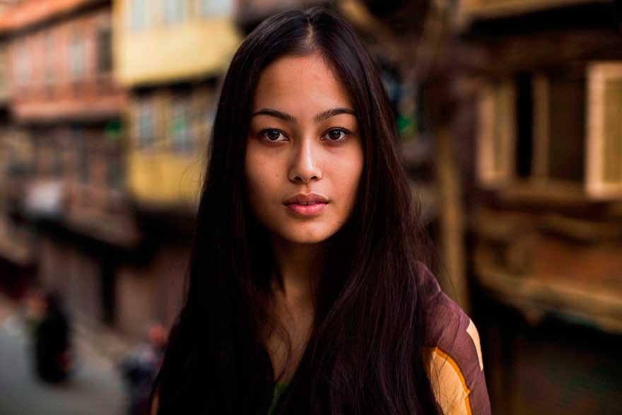 Михаэла Норок Mihaela Noroc фото женщин photos of women Катманду Непал Kathmandu Nepal