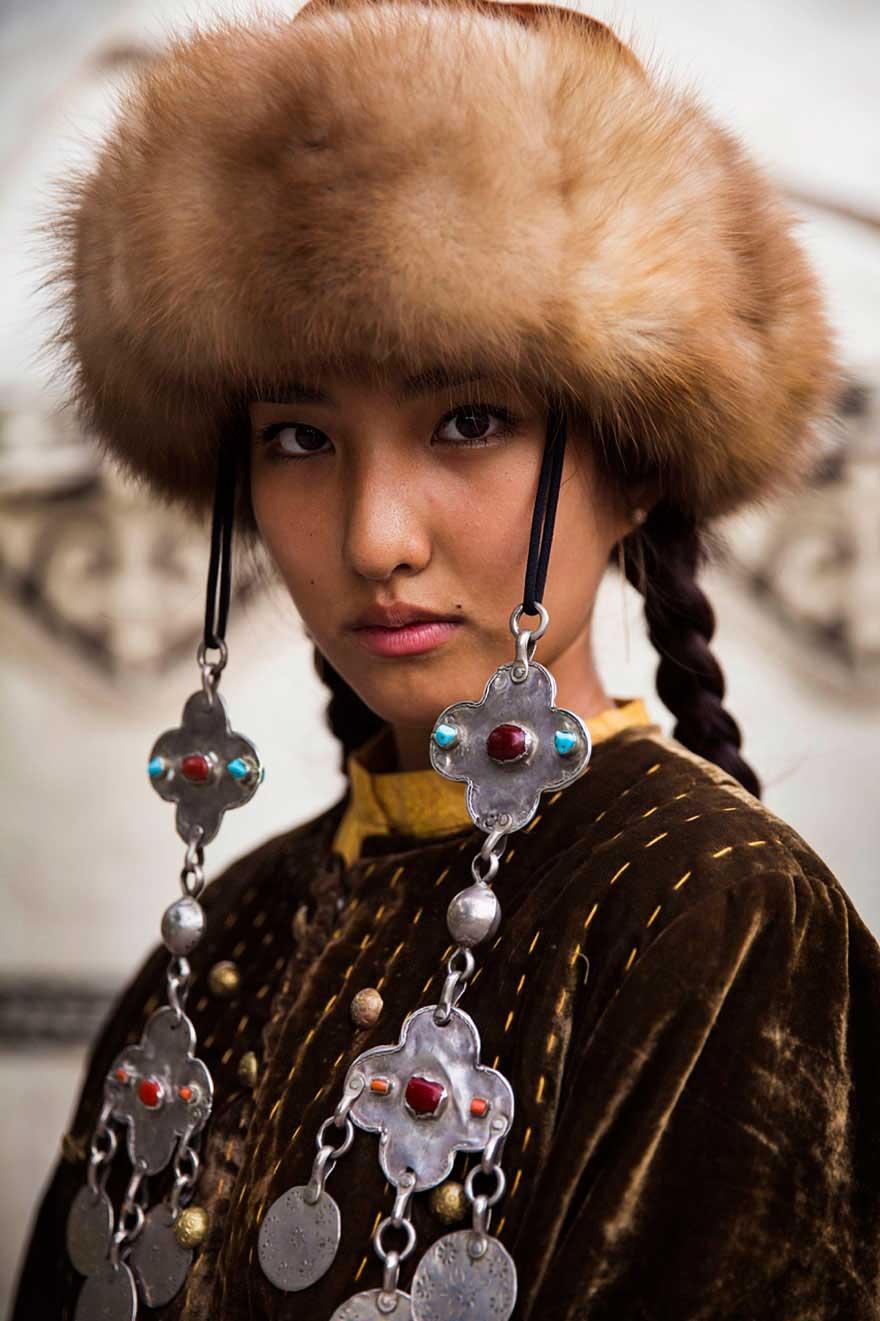 Михаэла Норок Mihaela Noroc фото женщин photos of women Бишкек Киргизия Kyrgyzstan Bishkek