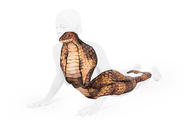 Emma Fay Эмма Фэй оптическая иллюзия с помощью тел и бодиарта