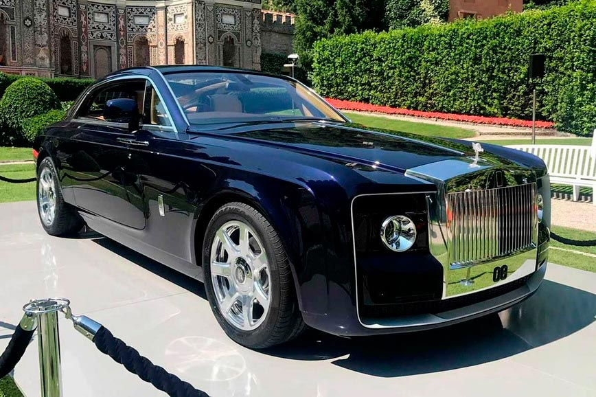 rolls royce essay Rolls royce plc table of contents table of contents 2 rolls royce plc's principal products/services 3 main competitors 3 reasons for preference of rolls-royce p.