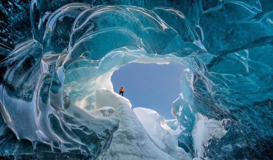 Правило третей фотография с отличной композицией Ледяная пещера Ватнаёкюдль Энтони Спенсер
