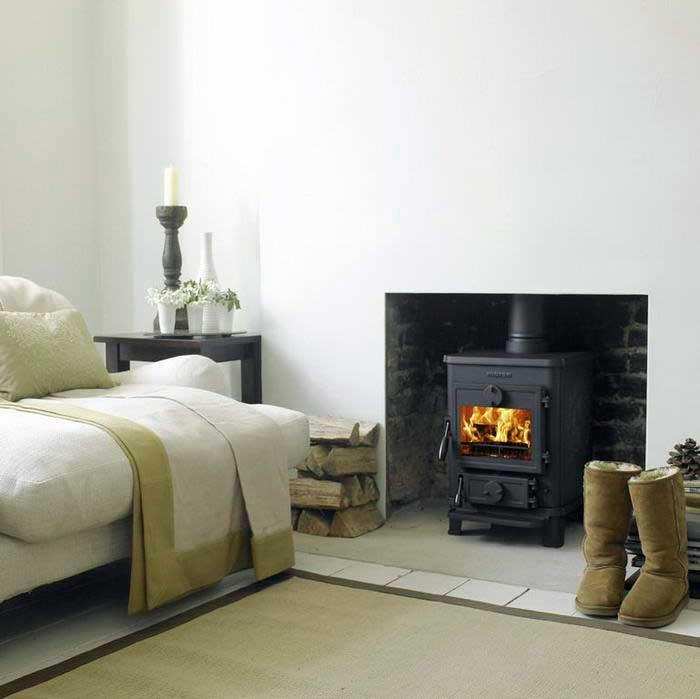 зимний уют в доме winter atmosphere in the house дровяная печь wood burning stove