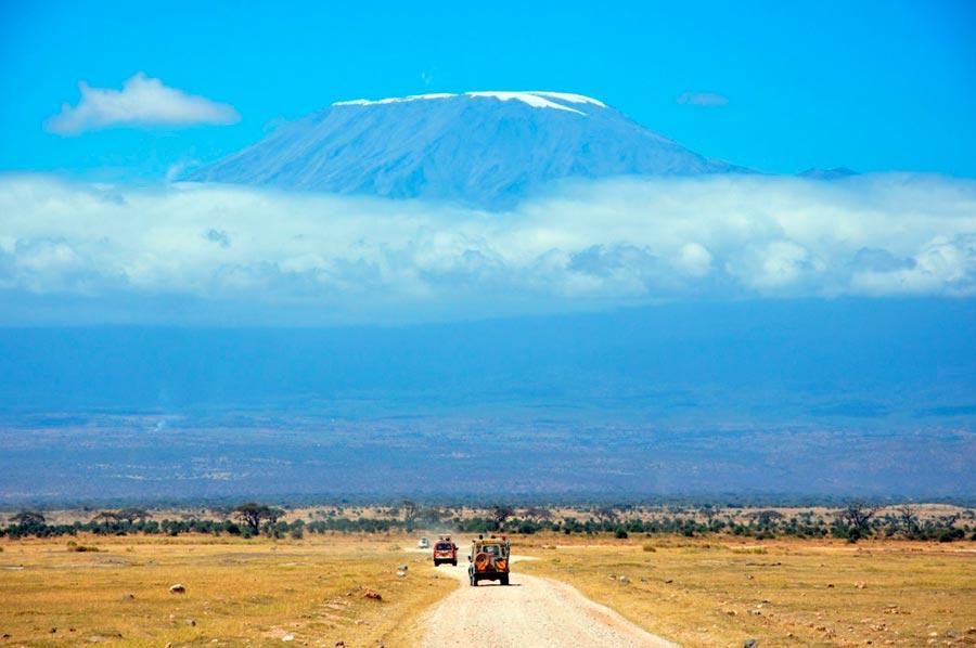 изумительные виды на земле amazing species on earth Гора Килиманджаро Танзания Африка mount Kilimanjaro Tanzania Africa
