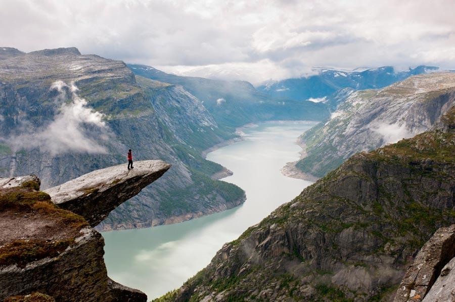 изумительные виды на земле amazing species on earth Язык тролля Норвегия the troll's tongue Norway