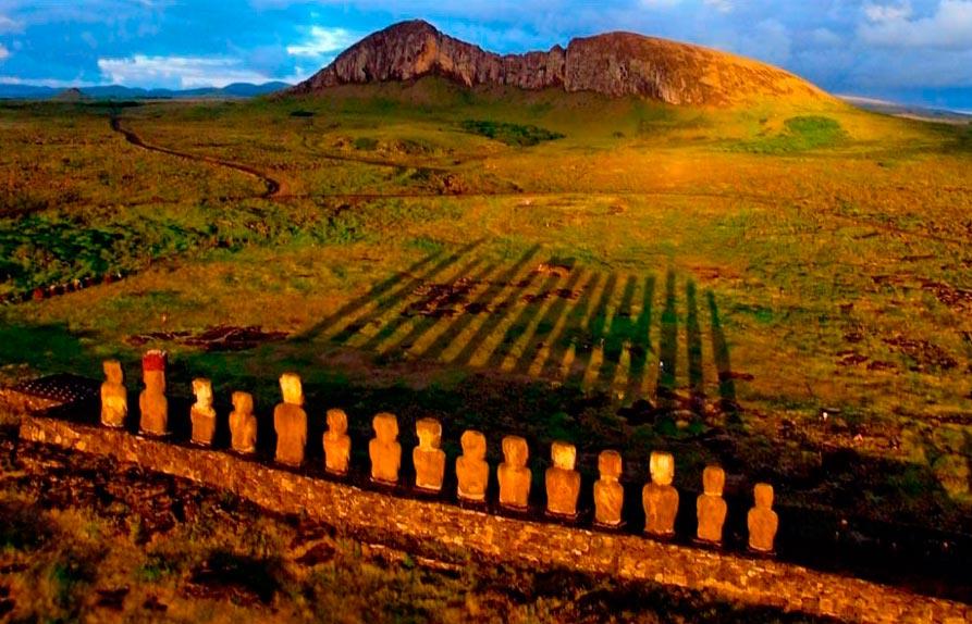 изумительные виды на земле amazing species on earth Восход солнца на острове Пасхи sunrise on Easter island