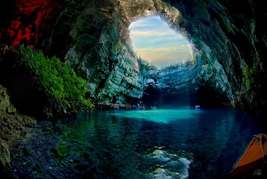 изумительные виды на земле amazing species on earth Пещера Мелиссани остров Кефалония Греция Melissani cave Kefalonia island Greece