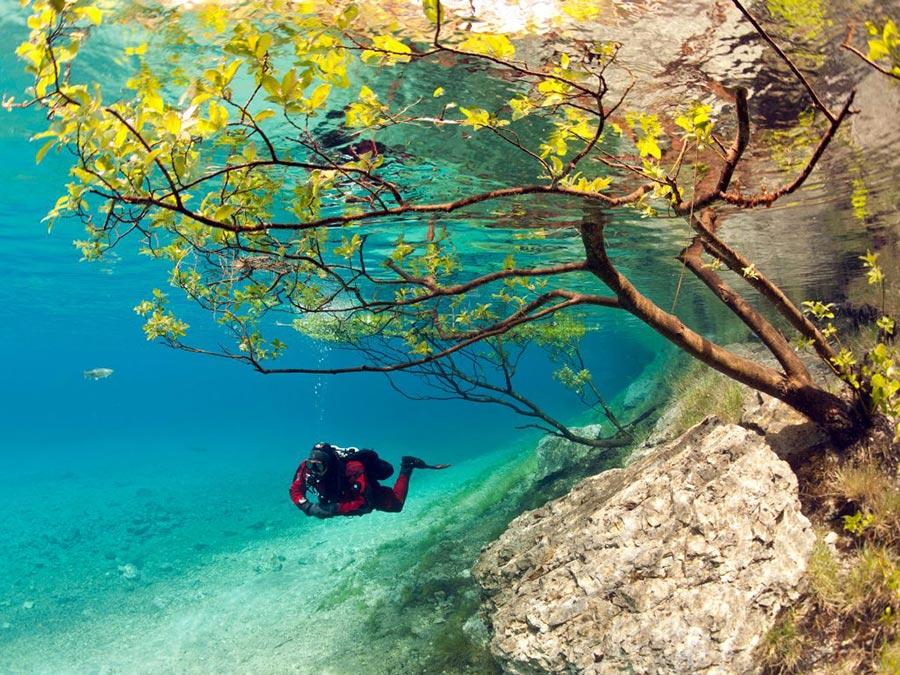 Австрия: природные и городские достопримечательности Зеленое озеро в Трагёс