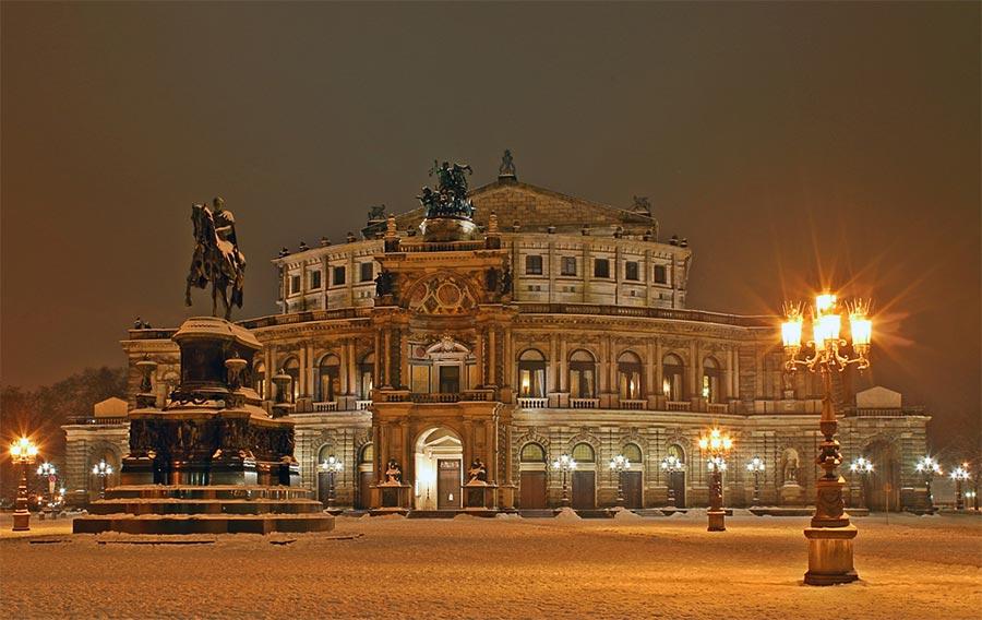 оперный театр opera house Опера Земпера Дрезден Германия