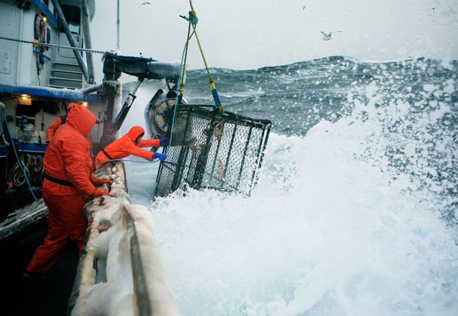 опасные профессий в мире Рыбак